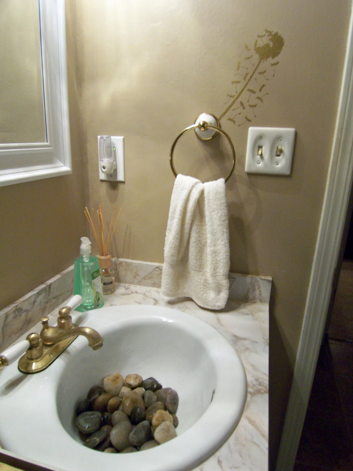 Meg Made Creations Do It Yourself Home Staging Tips For