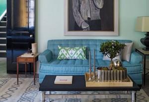 Garnituru za sjedenje dekorišite samo sa tri jastuka različitih veličina.