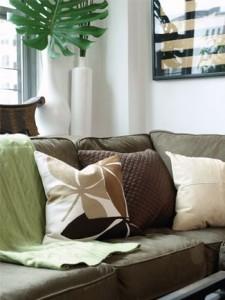 Izaberite jastuke u zelenoj nijansi.