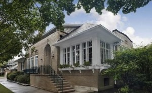 Rod Blagojevich je primoran da proda svoju kuću Čikagu.