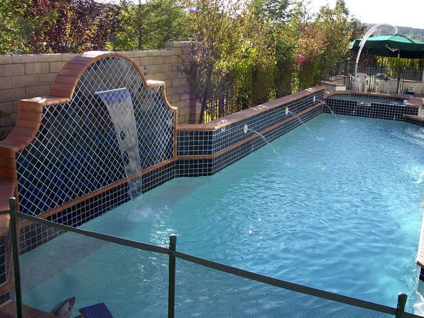 Nije svako u mogućnosti da ima bazen, ali bazen je specifičan dio dvorišta.