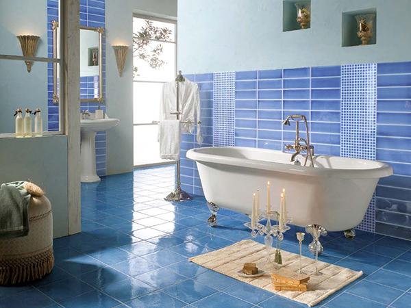 Svijetlo plave keramičke pločice