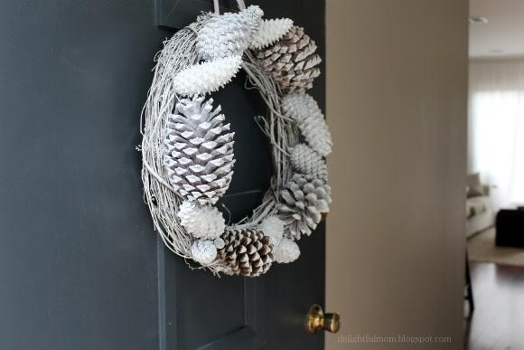 Napravite zimski vijenac za vrata  Uredite Dom