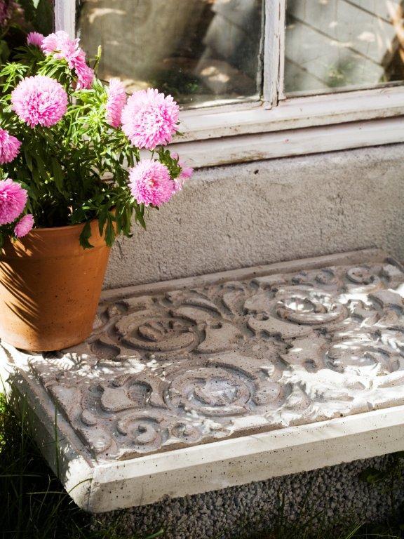 Lako i jeftino napravite betonske ploče za dvorište sa reljefom  Uredite Dom